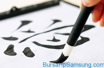 kuas kaligrafi