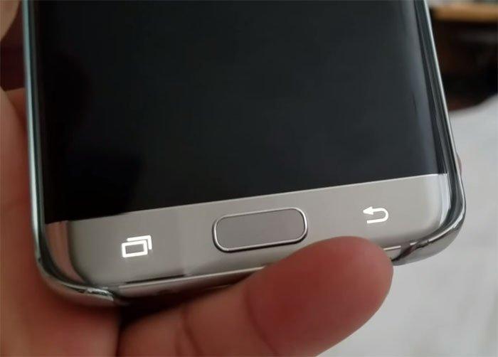 Solusi Mudah Saat Galaxy S7 Tiba-Tiba Mati Sendiri