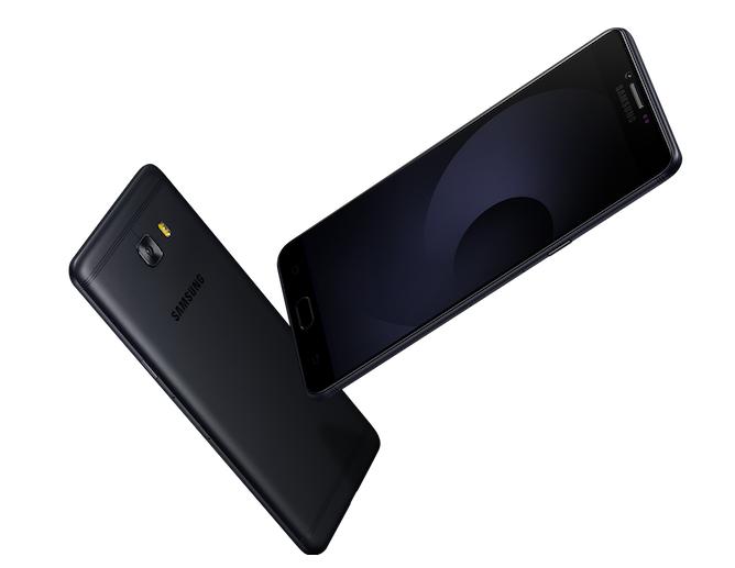 Samsung Galaxy C9 Pro-2