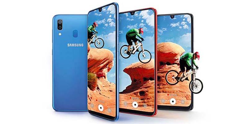 Samsung Galaxy A30 Display 6.4 inci