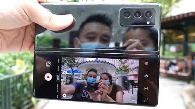 Hp Galaxy Z Fold 2